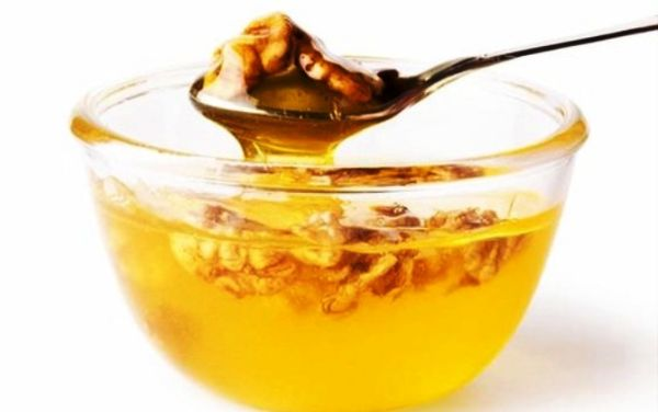 preparat din miere de nuci